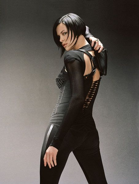 Aeon Flux (Charlize Theron)