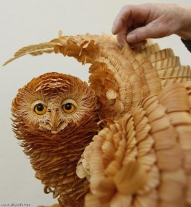 Unbelievable Wood Carvings 01