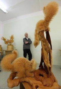 Unbelievable Wood Carvings 04