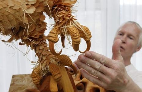 Unbelievable Wood Carvings 13