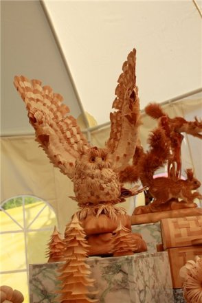 Unbelievable Wood Carvings 19