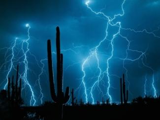 desert_lightning
