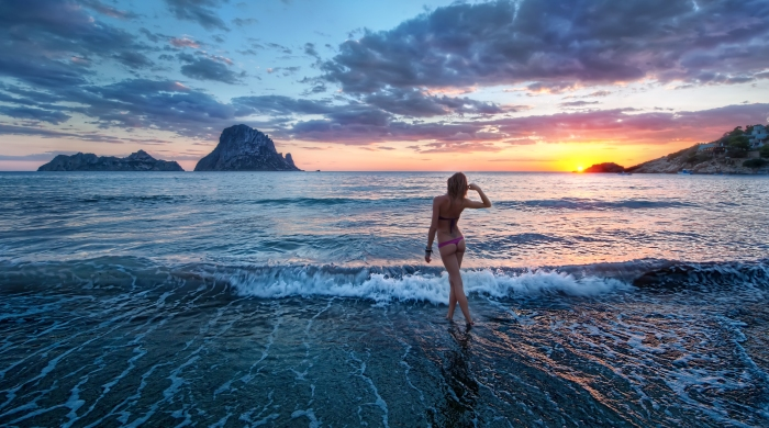 wendy-italian-girl-at-sunset-on-ibiza-photo-by-trey-ratcliff