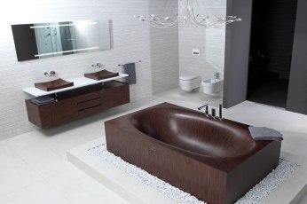 Elegant Bathtubs Made Entirely of Wood 01
