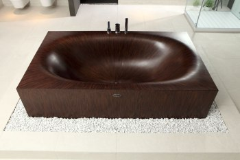 Elegant Bathtubs Made Entirely of Wood 10
