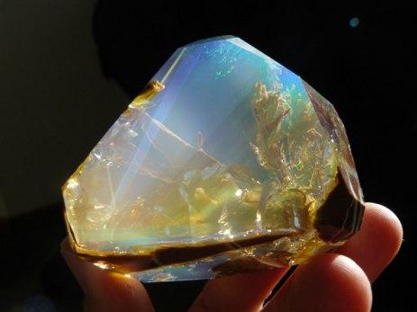 Finding the Ocean Inside an Opal 01