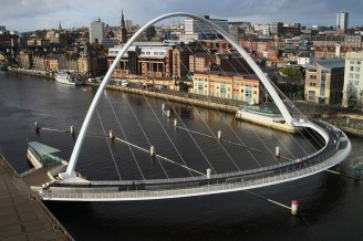 Gateshead Millennium Bridge - World's Only Tilting Bridge