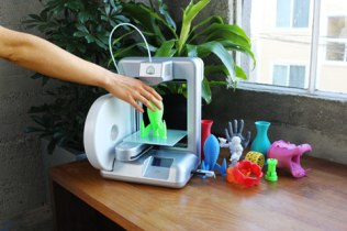 The Cube 3D Home Printer 01