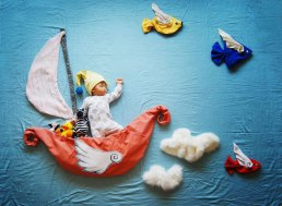 artist-queenie-liao-turns-nap-time-into-adventure-for-baby-son-3