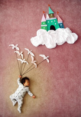 artist-queenie-liao-turns-nap-time-into-adventure-for-baby-son-4