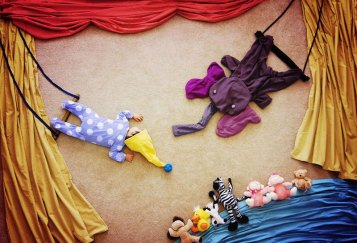 artist-queenie-liao-turns-nap-time-into-adventure-for-baby-son-5