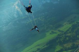 Trapeze paragliding