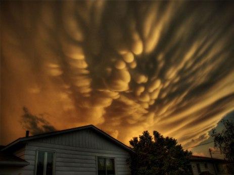 mammatus-clouds-quebec-michel-filion