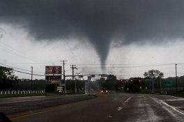texas-tornado-april-2012-parrish-ruiz-de-velasco-5
