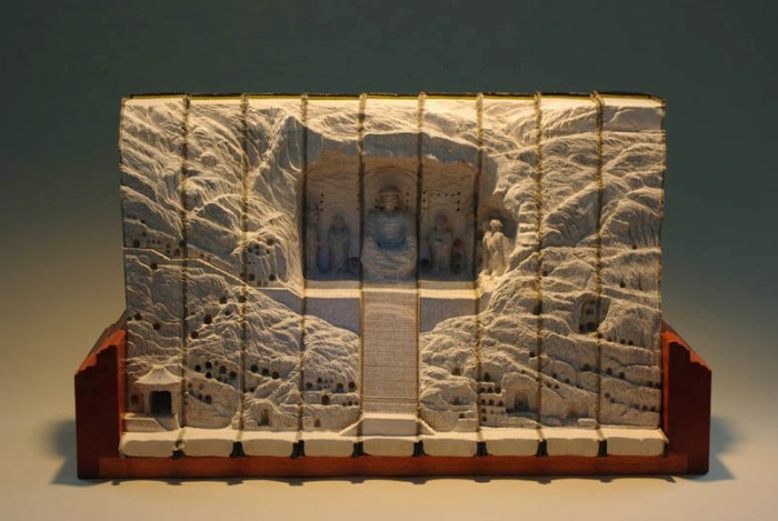 landscapes-carved-into-books-guy-laramee-13