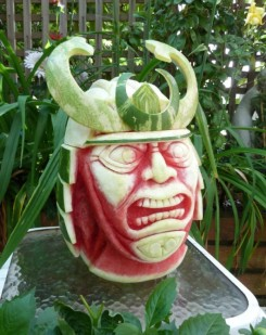 Clive-Cooper-Watermelon-carvings-7-600x757
