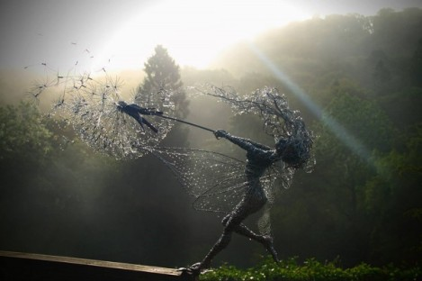 Wire-Fairies-by-Robin-Wight-1-600x400